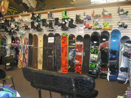 shopping in south lake tahoe for snowboards and boots